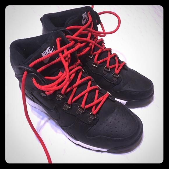 best website 1ca9e 1edfc Nike SB Dunk High OMS Hiking Boot